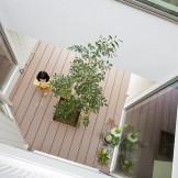 モデルハウスを参考に、中庭が心地いい暮らし